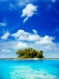 Picturesque tropical island in sunny day von Vladislav Moiseev